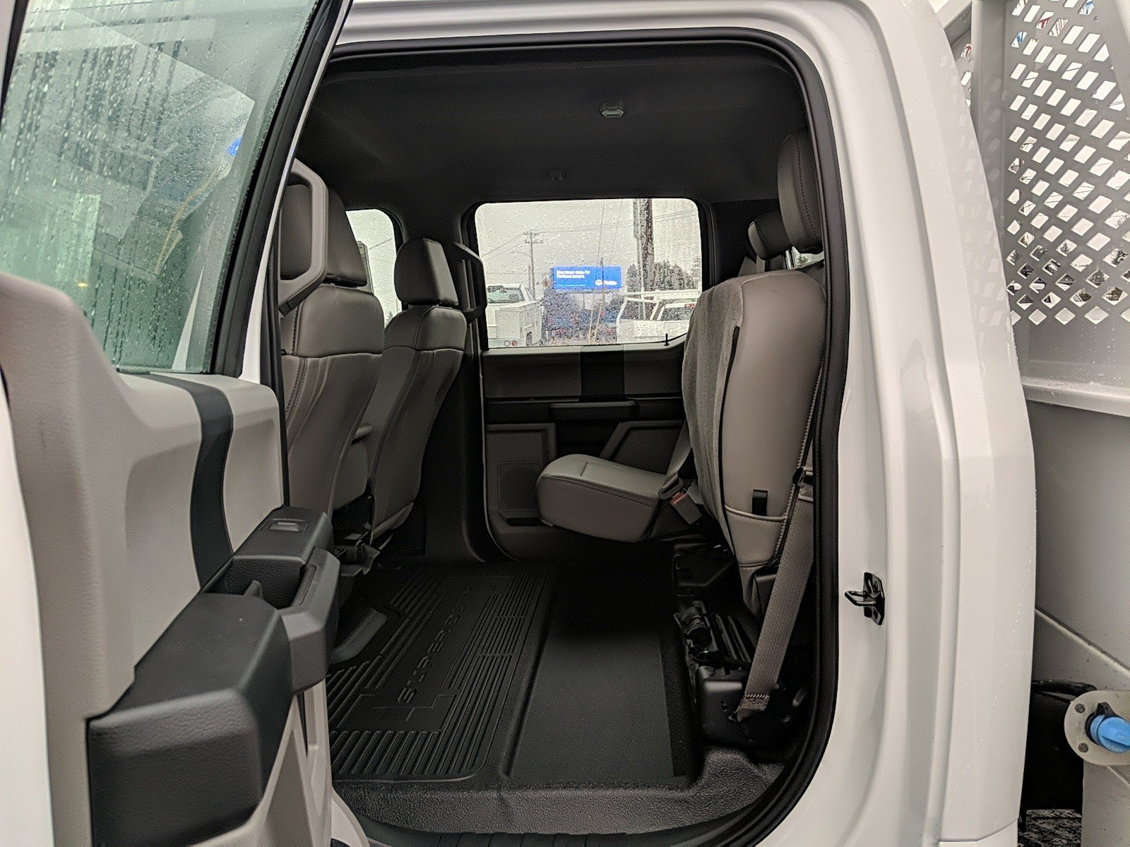 New 2019 Ford Super Duty F-450 DRW XL 4WD CREW CAB 203 WB 8