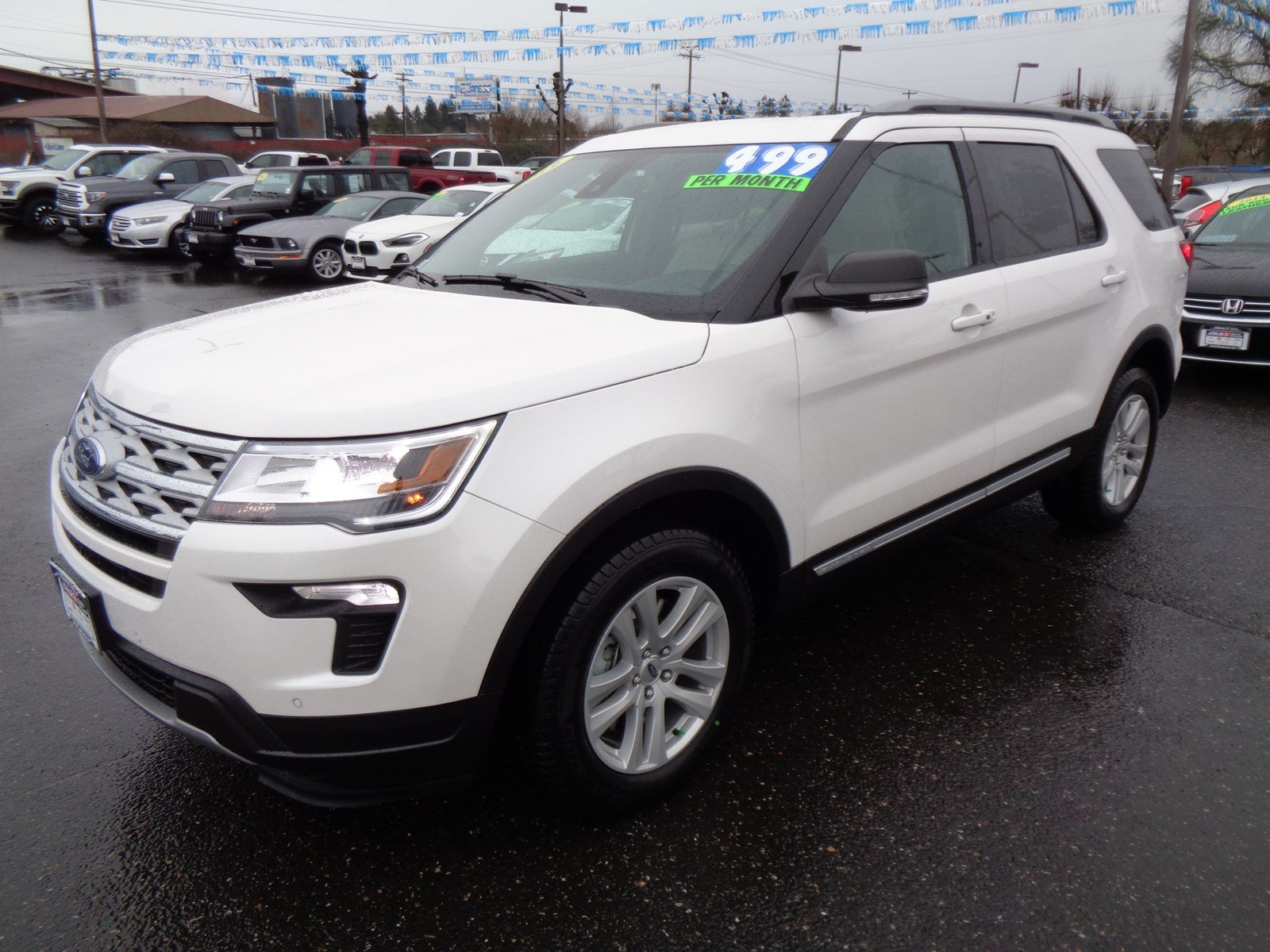New 2019 Ford Explorer XLT 4WD