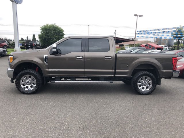 Pre-Owned 2017 Ford Super Duty F-250 SRW