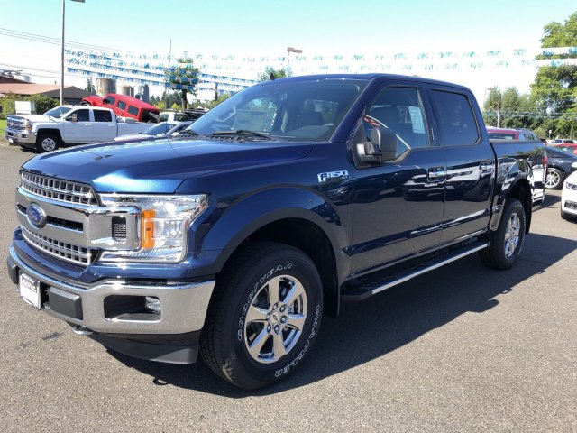 New 2019 Ford F-150 XLT 4WD SUPER 145
