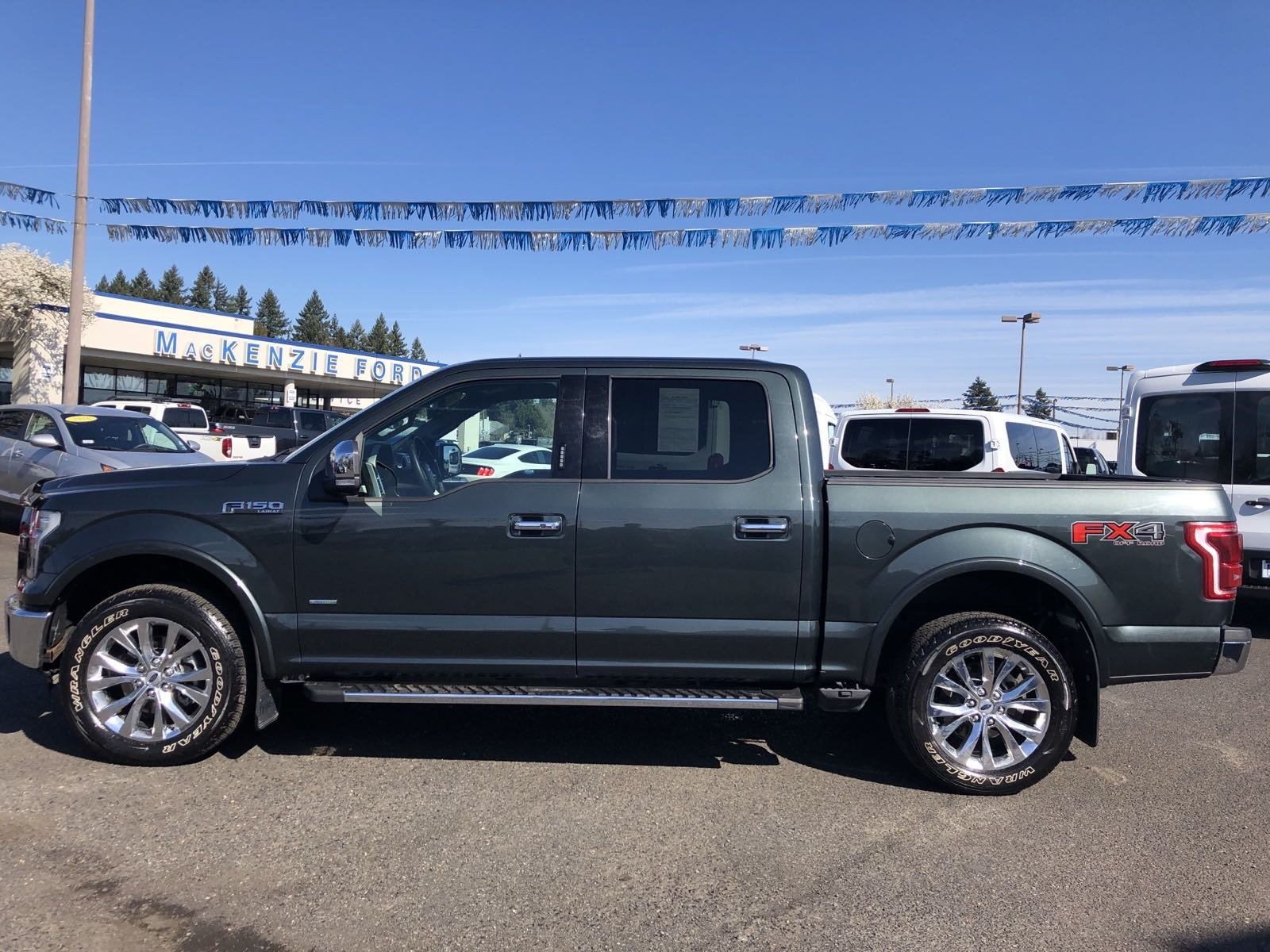 Pre-Owned 2015 Ford F-150 BLACK
