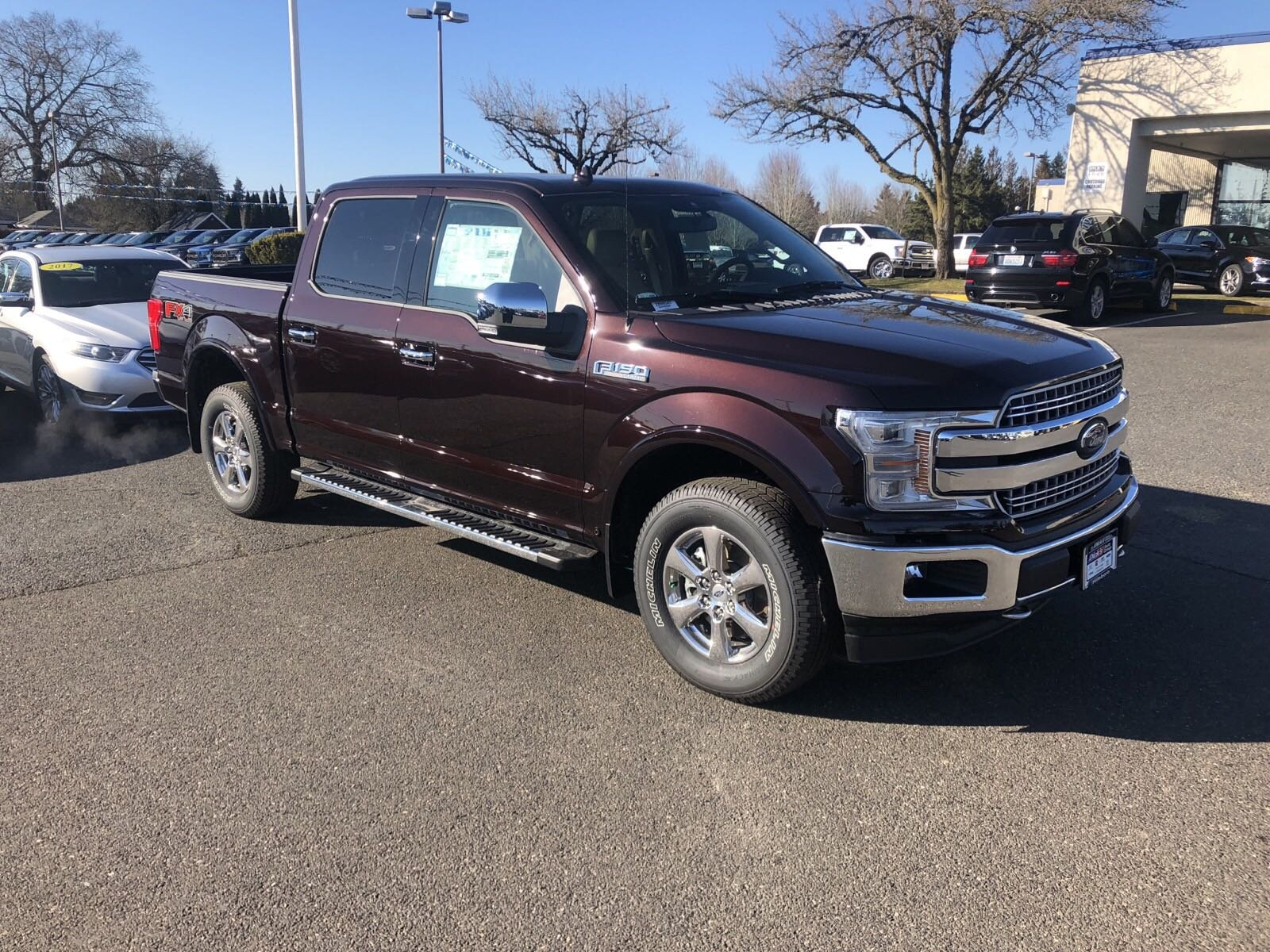 New 2018 Ford F-150 LARIAT 4WD CREW 145