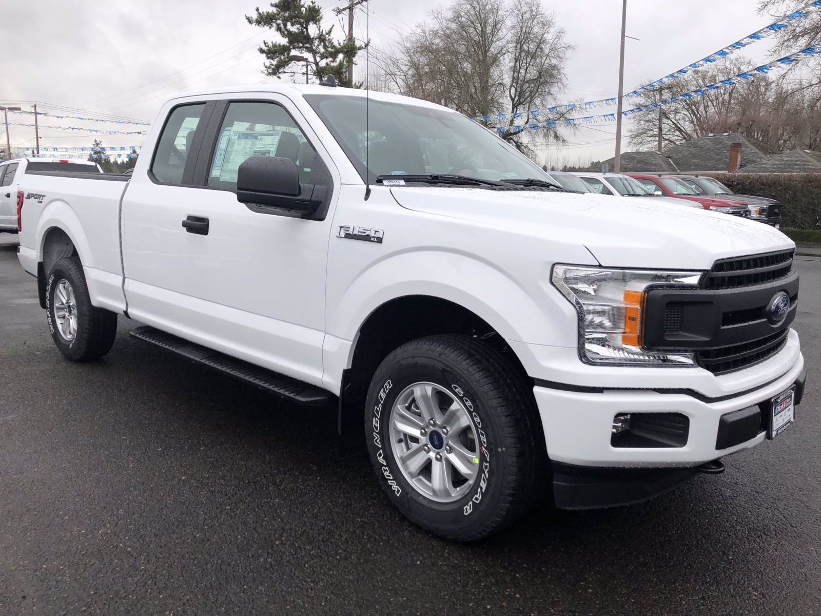 New 2020 Ford F-150 XL 4WD SC 145
