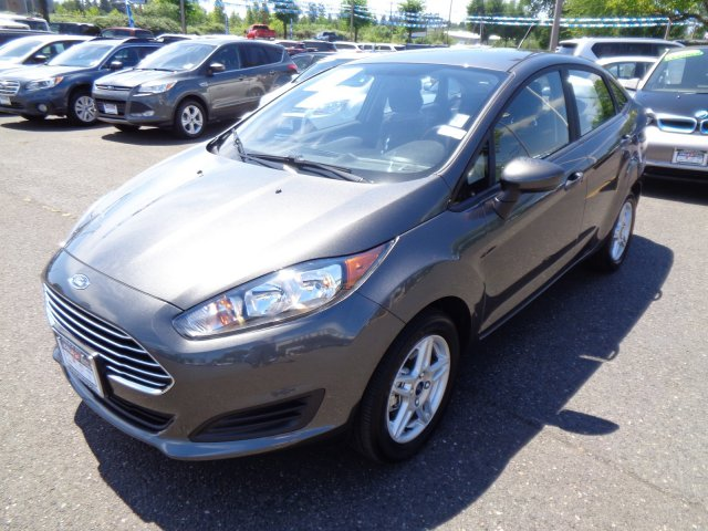 Pre-Owned 2018 Ford Fiesta SE
