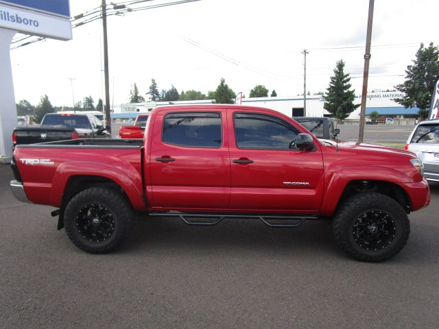 Pre-Owned 2013 Toyota Tacoma 4x4 V6 Automatic