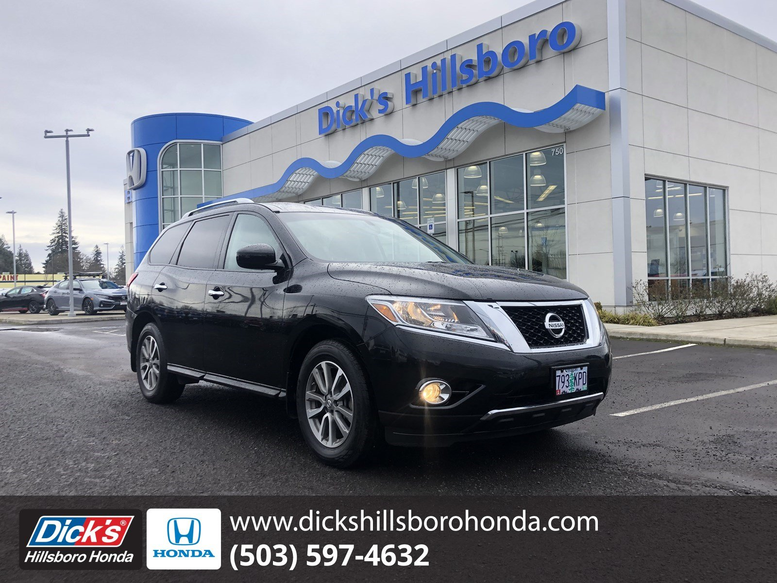 Pre-Owned 2016 Nissan Pathfinder S