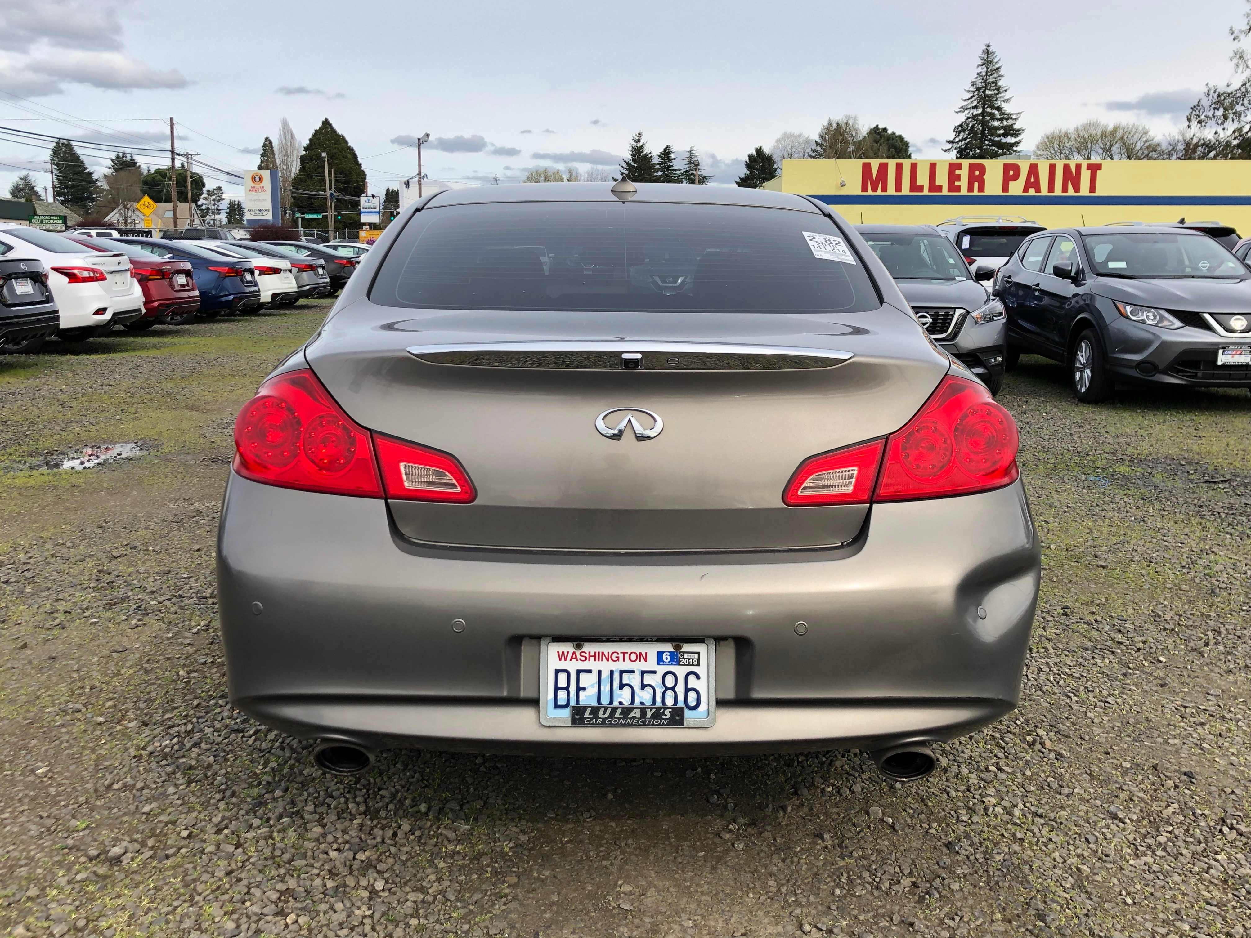 Pre-Owned 2010 INFINITI G37x Base