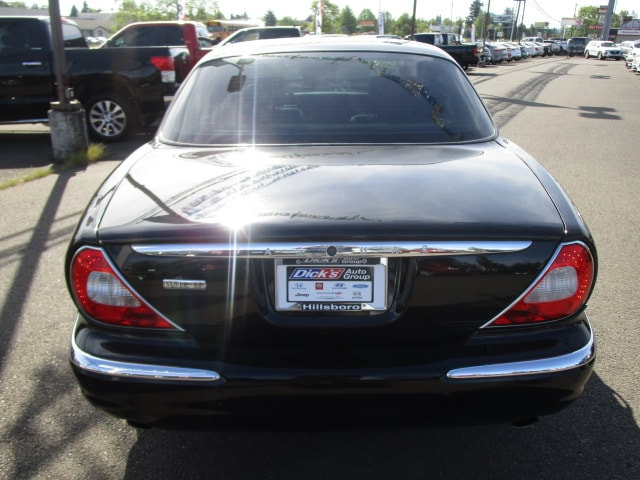 Pre-Owned 2005 Jaguar XJ Super V8