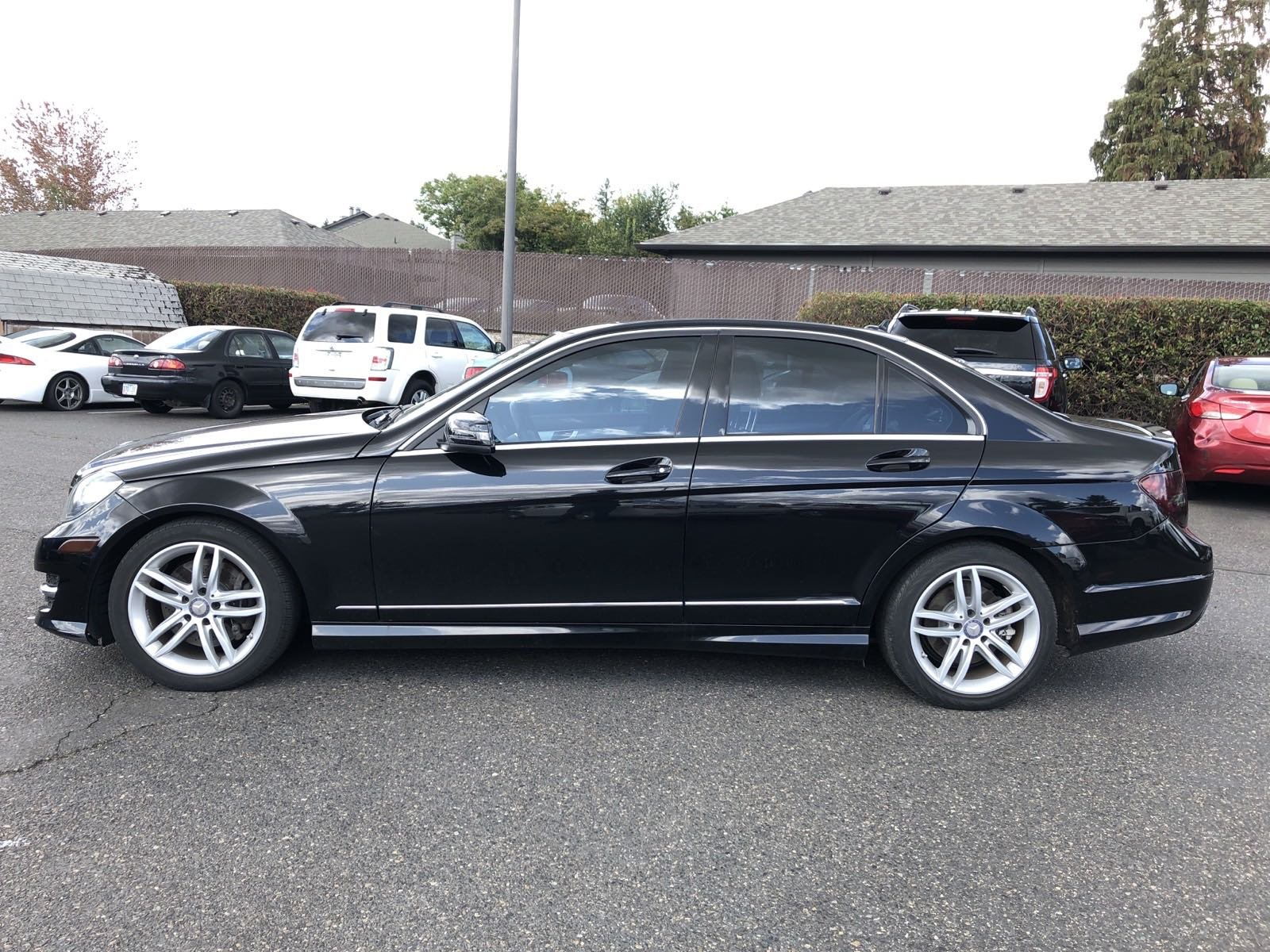 Pre-Owned 2014 Mercedes-Benz C-Class