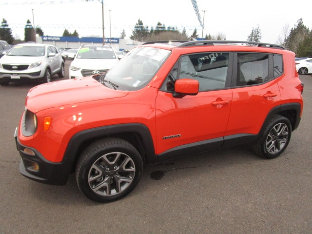 Pre-Owned 2016 Jeep Renegade Latitude 4x4