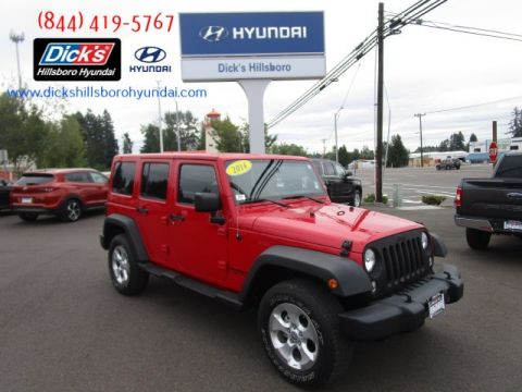 Pre-Owned 2014 Jeep Wrangler Unlimited Sahara 4x4