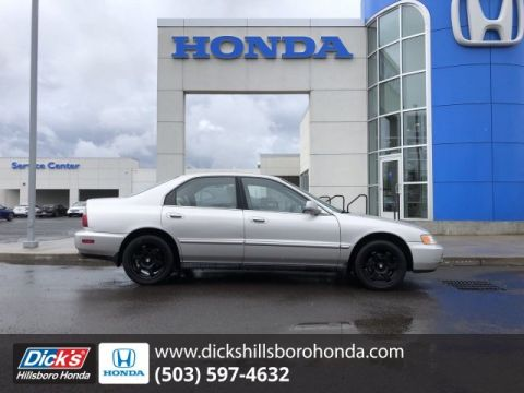 Pre-Owned 1996 Honda Accord Sdn EX