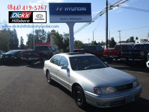 Pre-Owned 1999 Toyota Avalon XL