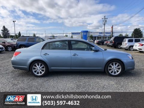 Pre-Owned 2005 Toyota Avalon Limited