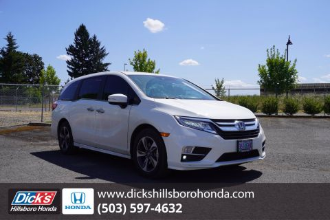 Pre-Owned 2019 Honda Odyssey Touring With Navigation