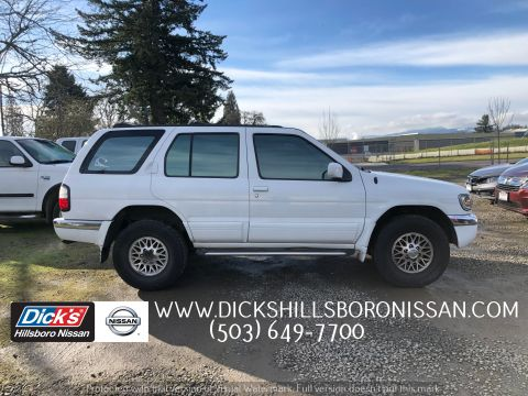 Pre-Owned 1998 Nissan Pathfinder LE
